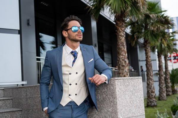 Мъжки костюми за бал – как да направим уникален и добър избор?