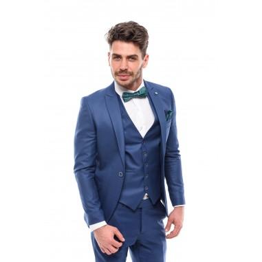 Втален мъжки костюм светло син парламент в три части