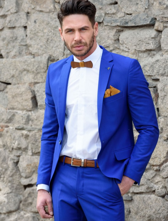 Втален мъжки костюм син парламент изчистен