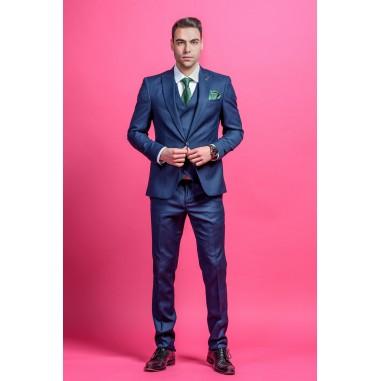 Втален мъжки костюм син със структура на плата slim fit