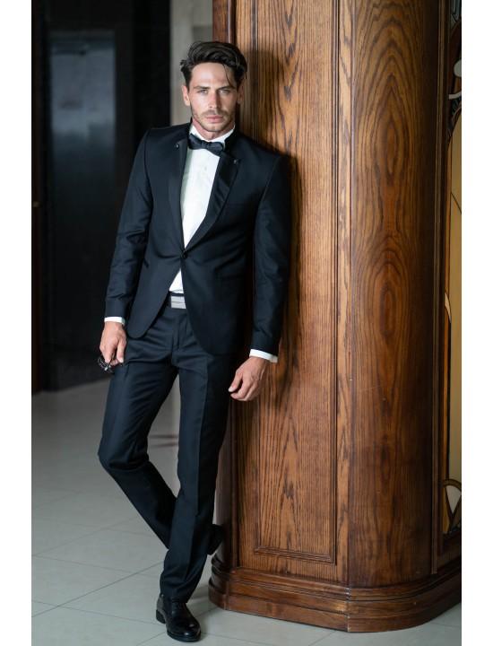 Втален мъжки костюм черен смокинг