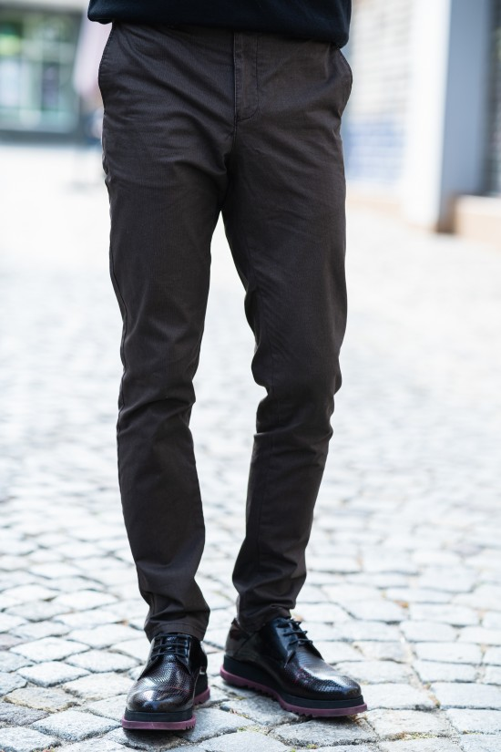 Втален мъжки панталон кафяв