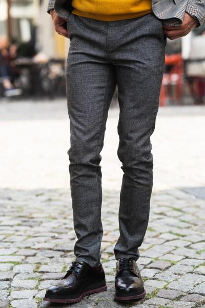 Втален мъжки панталон в сив цвят