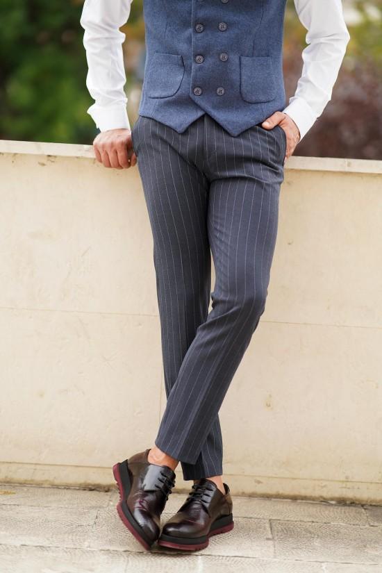 Втален мъжки панталон синьо-сив с райе