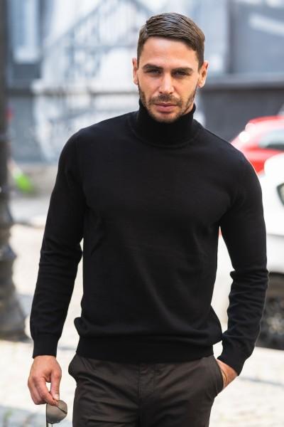 Мъжко поло в черен цвят