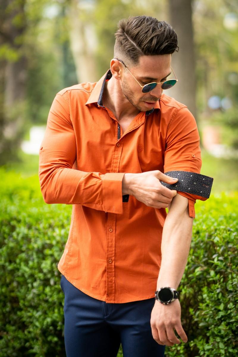 7db54b31409 Вталена мъжка риза в цвят брик и еластан