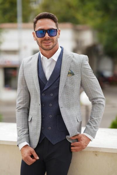 Вталено мъжко сако сиво със светлосиньо каре