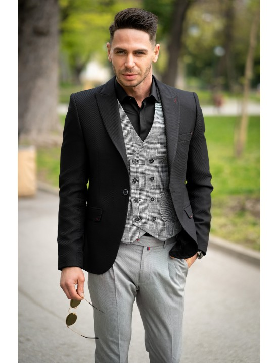 Вталено мъжко сако в черен цвят и структура