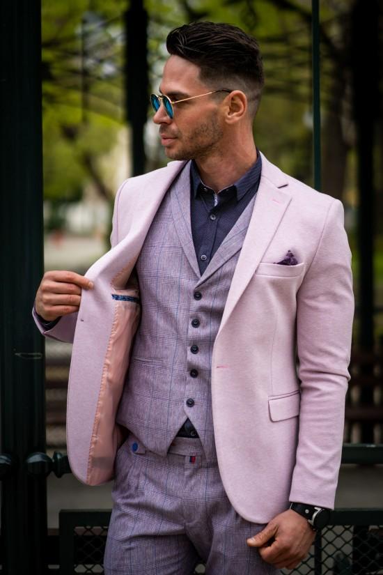 Вталено мъжко сако в розов цвят
